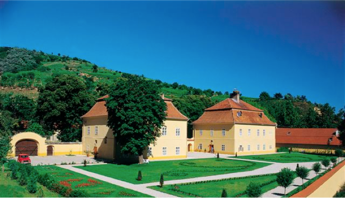 The historical Dessewffy Castle now houses the offices of the Tokaj-Hétszolo Estate